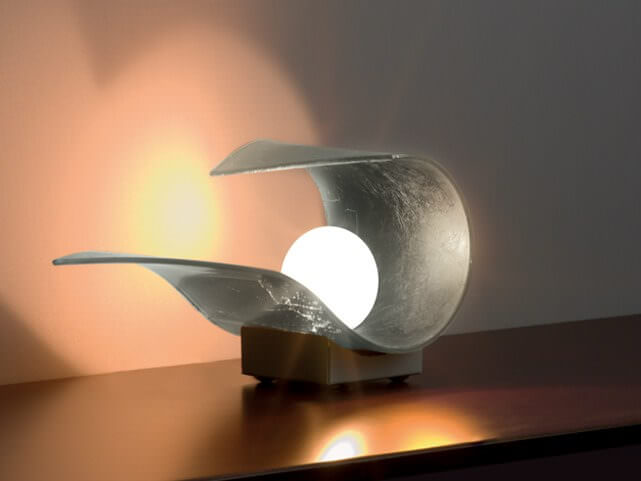 Lampade da tavolo design consiglicasa for Lampade tonde da tavolo